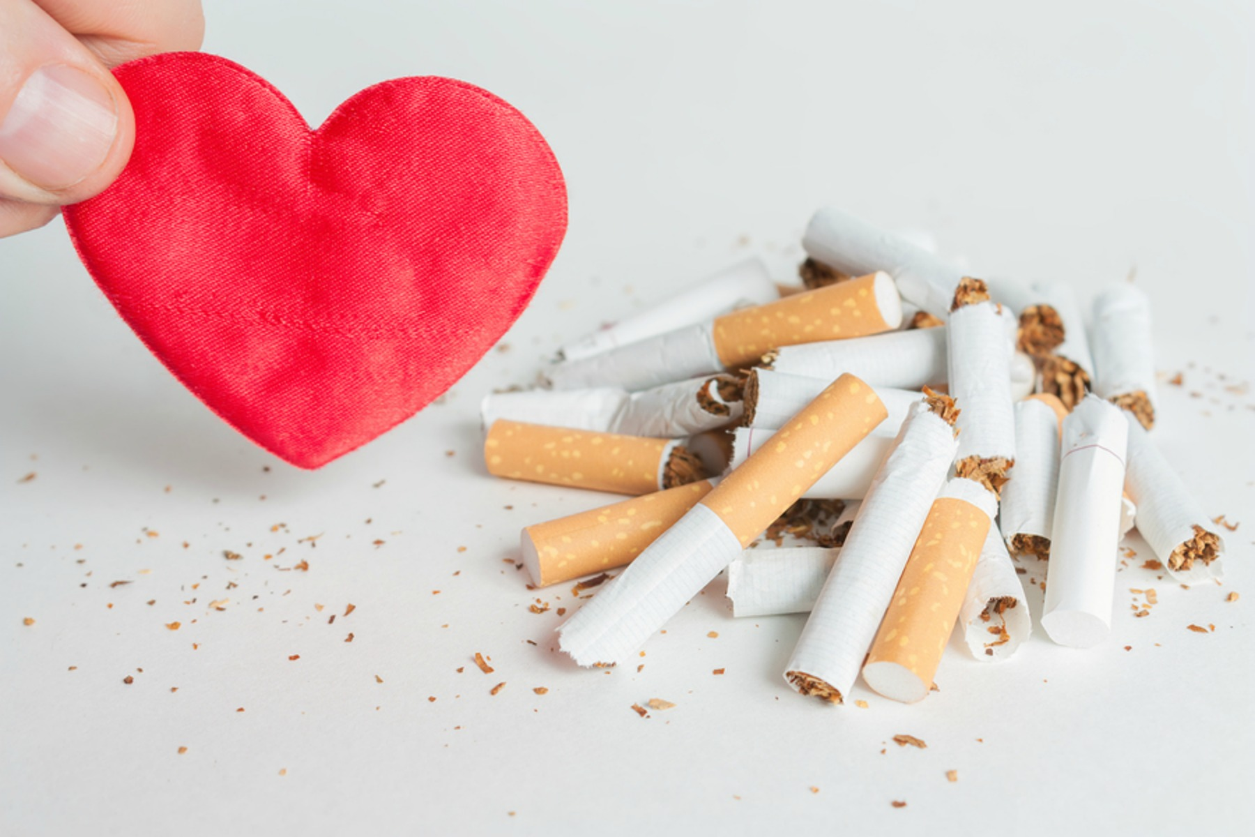 Four Reasons Your Senior Should Consider Giving up Cigarettes